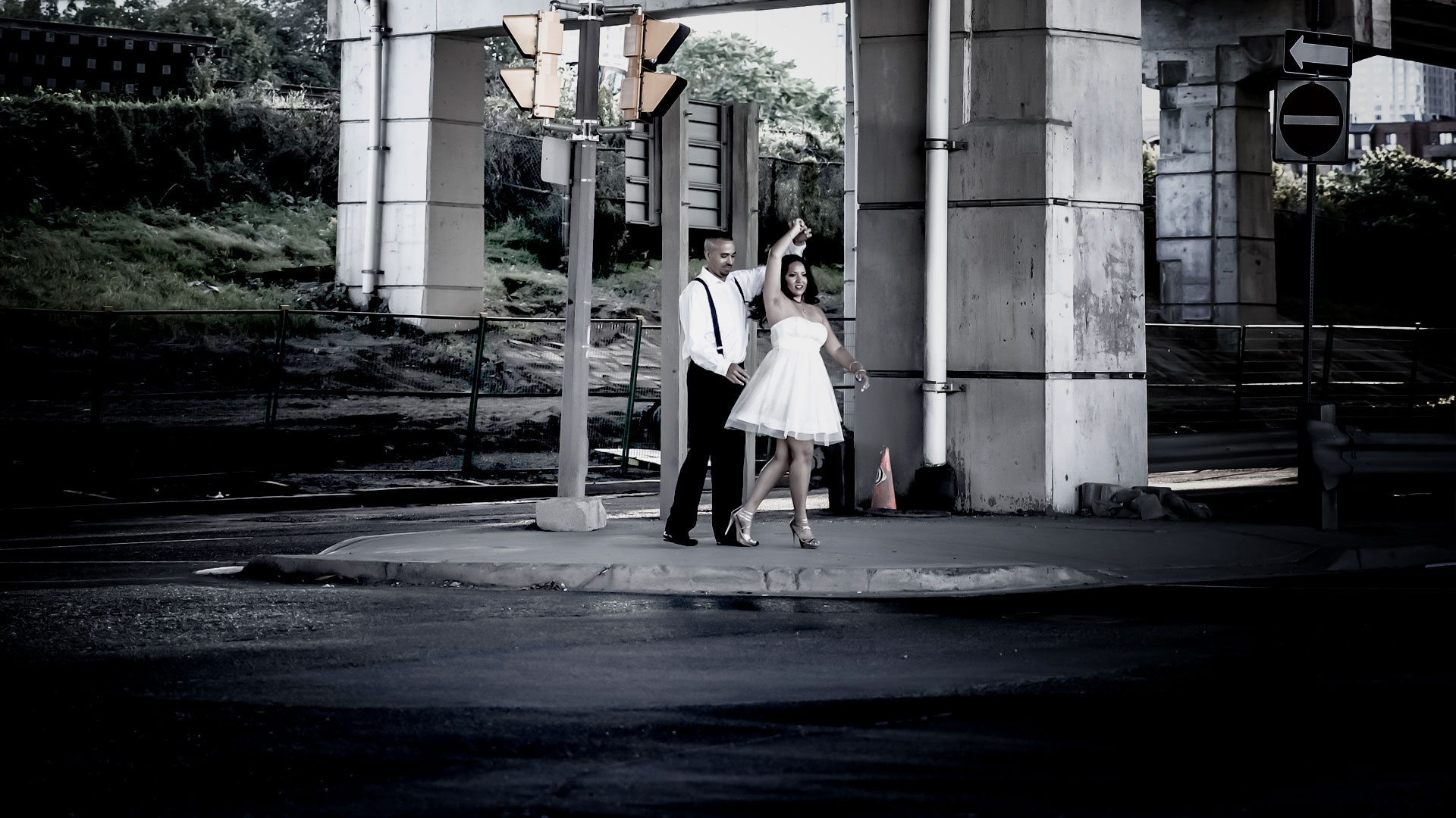 epic_sky_pictures_groom_and_bride_wedding_photography_closeup_photo_brampton_road_tunnel_dance_engagement_shoot_eshoot