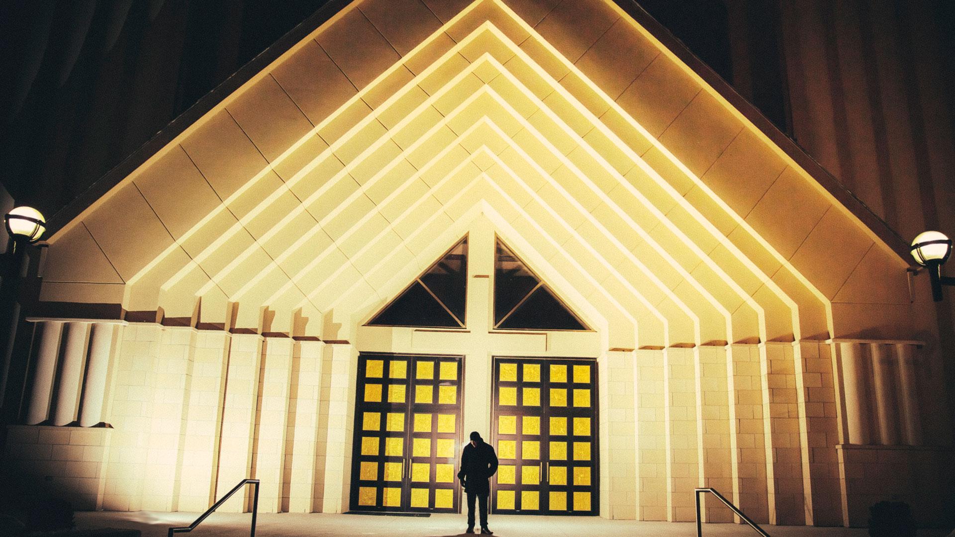 epic_sky_pictures_eshoot_church_artistic_toronto_canada_groom_ceremony_night_photography_brampton_ontario_epicskypictures_site