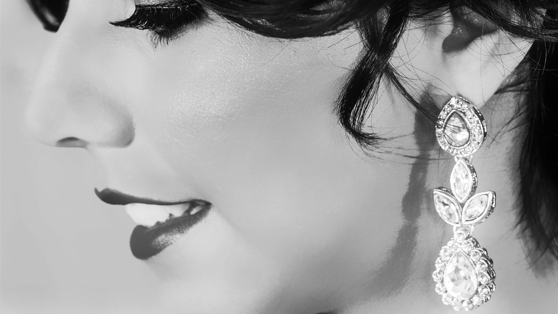 epic_sky_pictures_eshoot_ocean_earings_love_artistic_toronto_canada_black_and_white_sexy_photography_brampton_ontario_epicskypictures_facebook