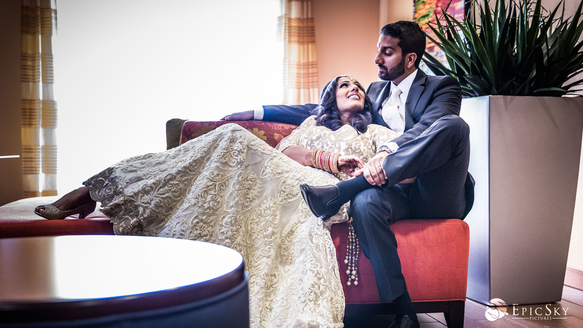 epic_sky_pictures_bridal_white_wedding_dress_couple_in_love_photography_glimmer_wedding_getting_ready_detail_candid_wedding_sikh_bride_blendstudio