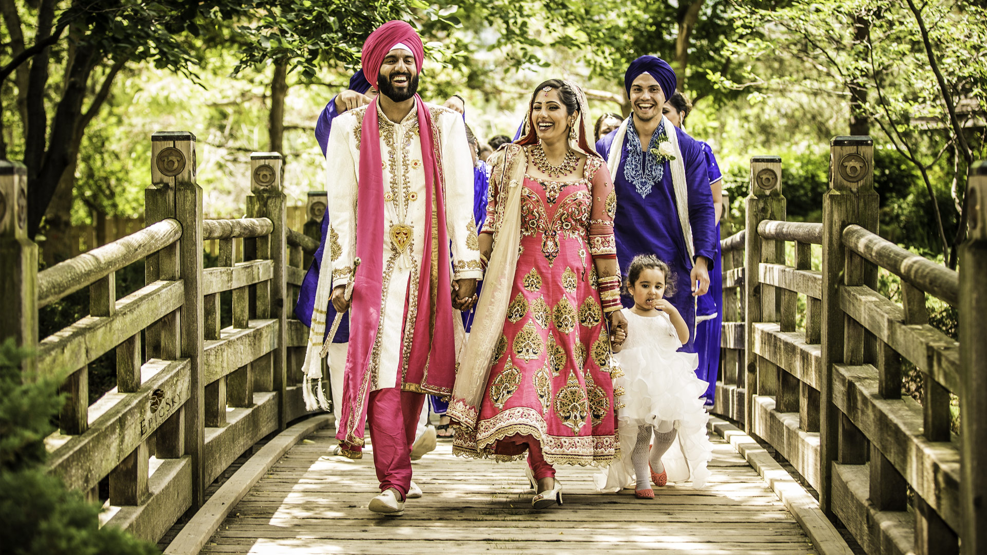 epic_sky_pictures_bridal_photography_bridge_wedding_party_fun_laughing_detail_candid_wedding_sikh_bride_website